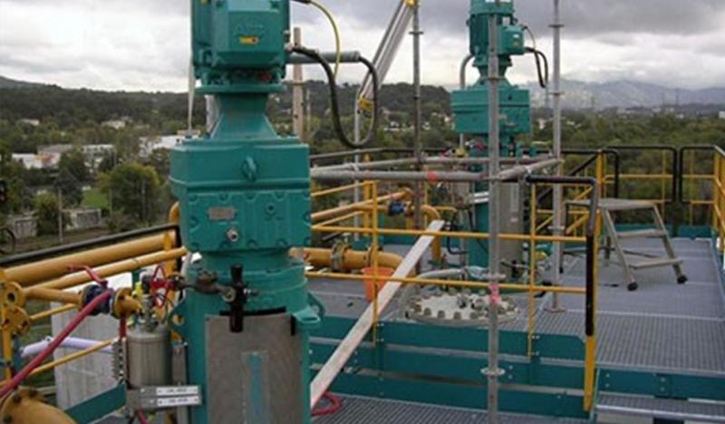 石油化工:硬齿面斜齿轮减速机